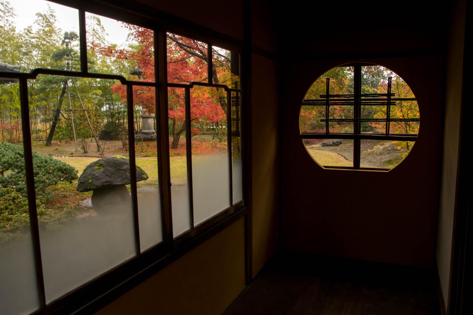 廊下から中庭