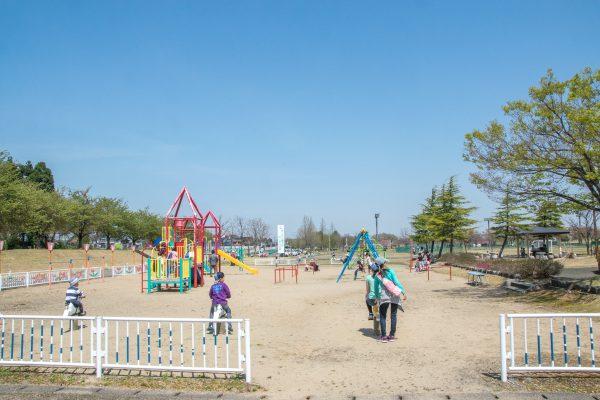 越路河川公園