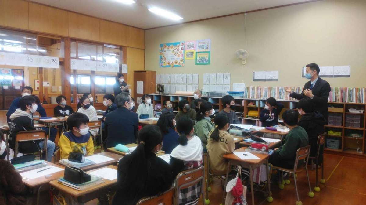 越路西小6年生の授業に「こしじまちづくり」で訪問してきました。